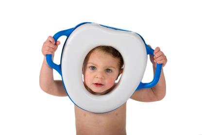 Conheça penicos, assentos e protetores infantis para o desfralde natural e divertido