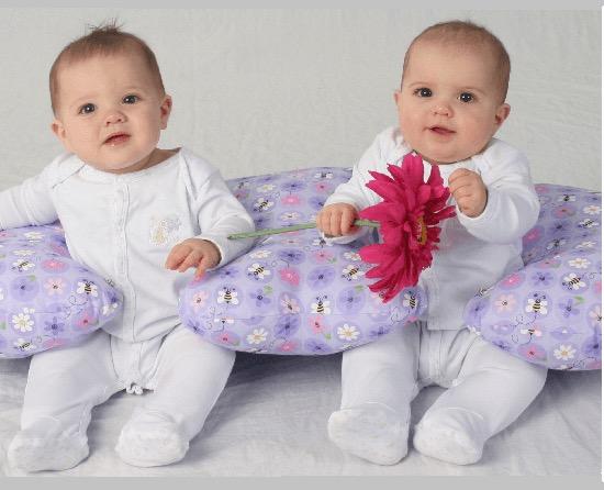 Twin Z Pillow – Almofada para Gêmeos