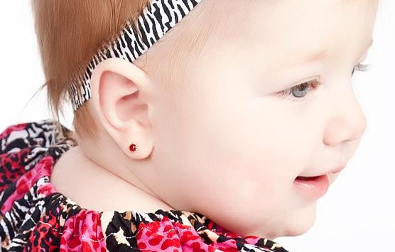 furo de orelha em bebê 2