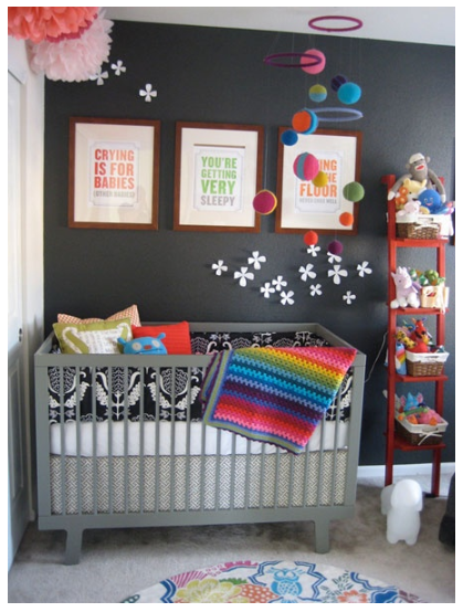 quarto de bebê escuro 8